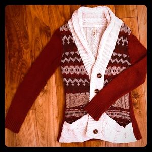 MAKE ME AN OFFER! - BKE Sweater